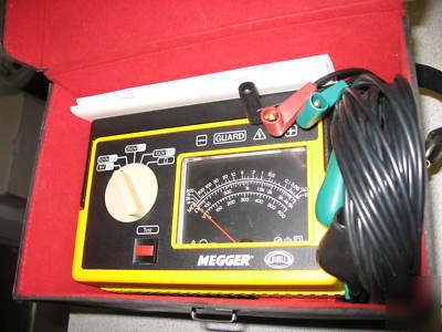 Biddle Megger Insulation Tester 212159 Excellent Shape